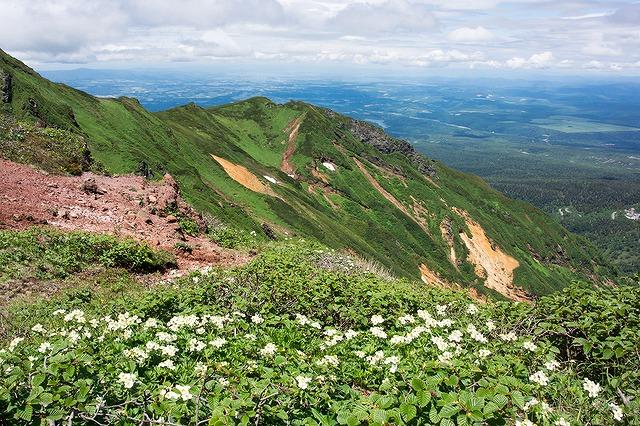 富良野岳の山頂からの展望