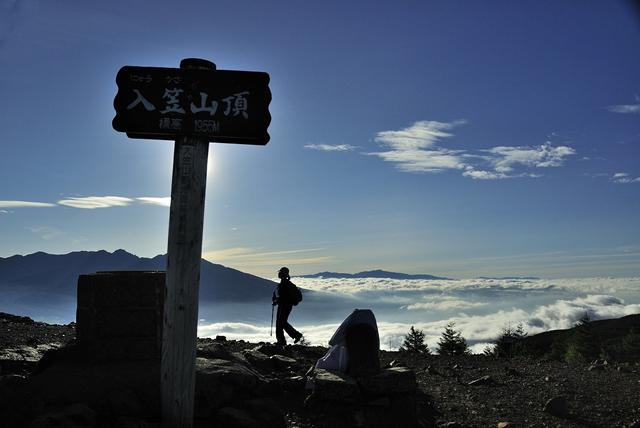 朝一番で入笠山山頂へ