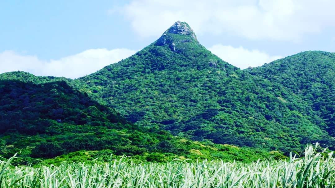 石垣島・マーペー伝説の山、野底岳(282m)