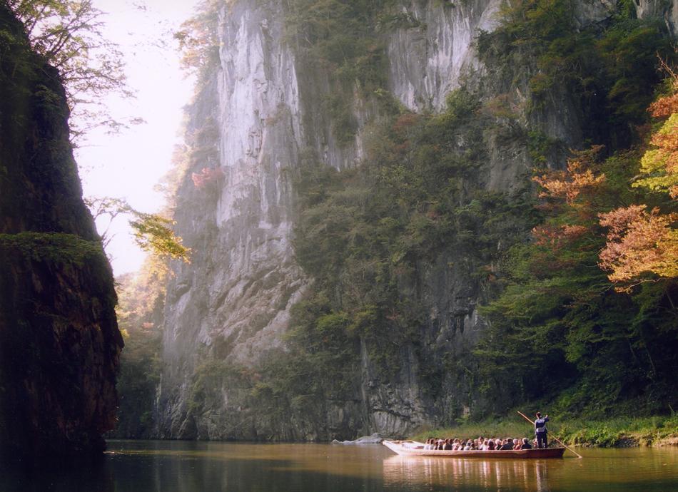 秋の猊鼻渓 舟下り