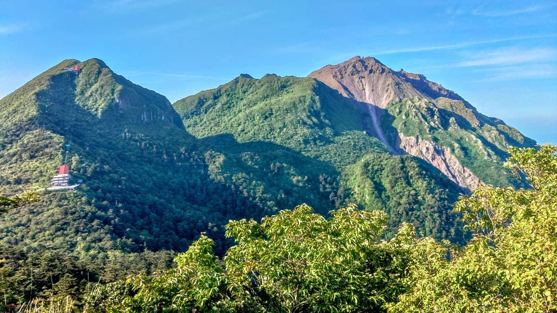 雲仙普賢岳・平成新山を望むハイキング