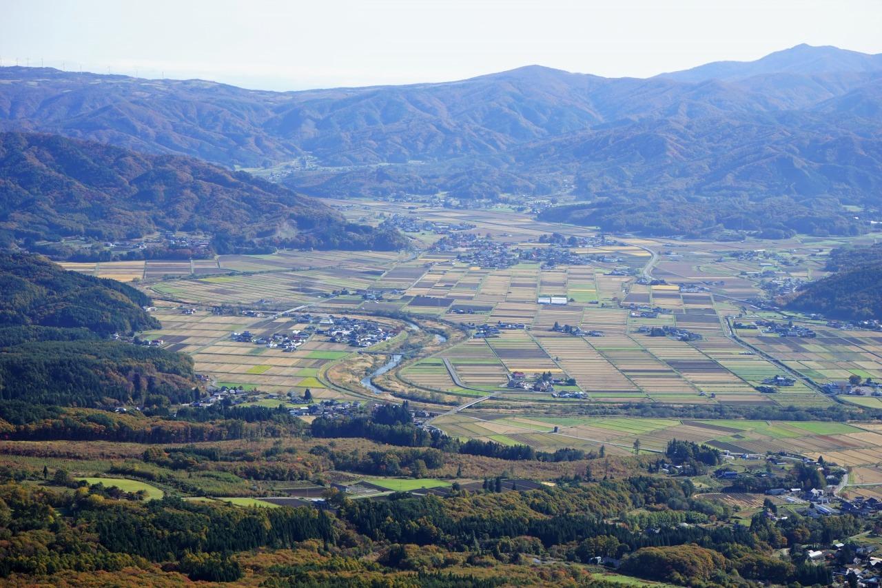 秋の遠野に滞在し遠野三山に登る