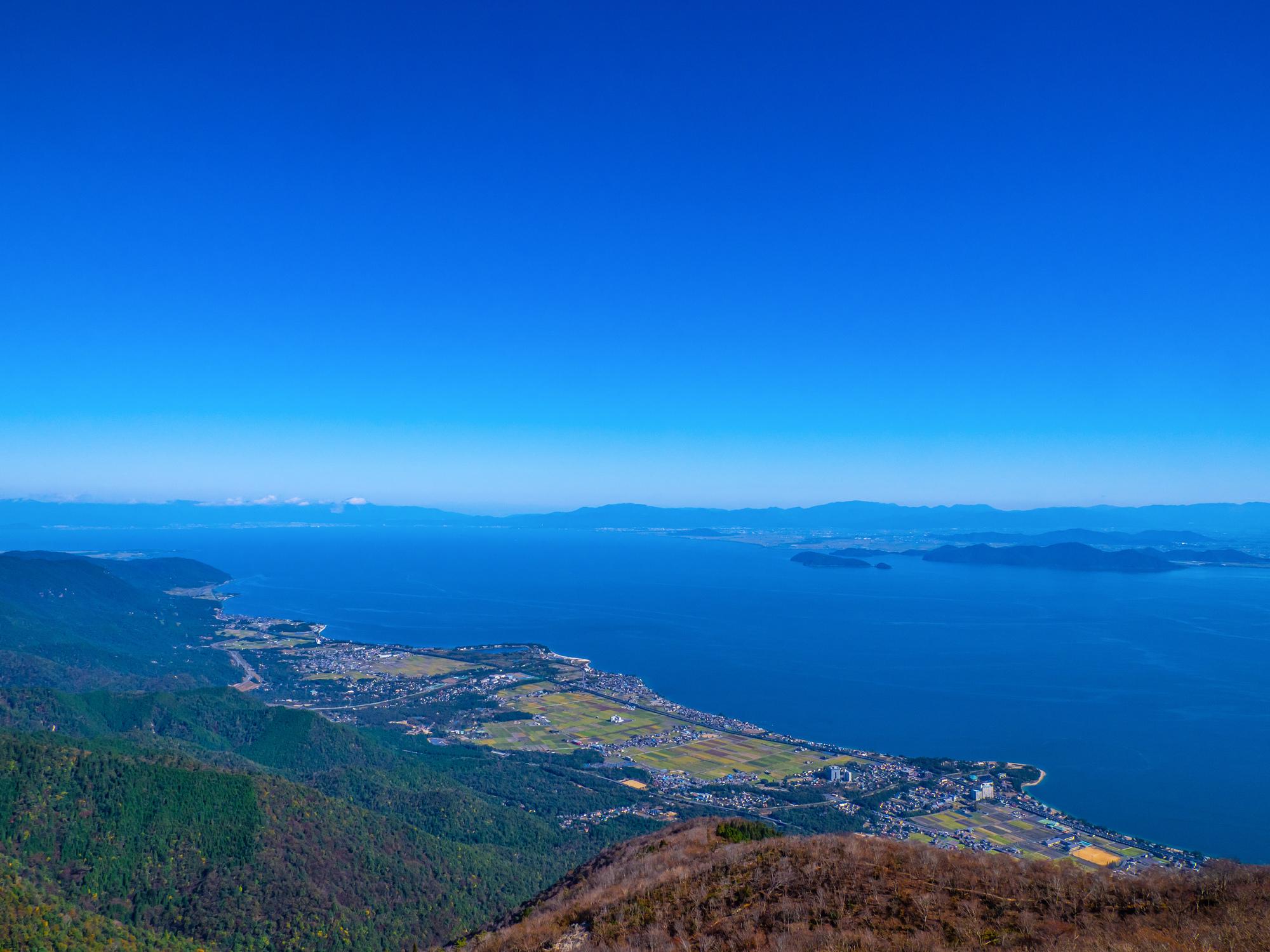 打見山頂より望む琵琶湖