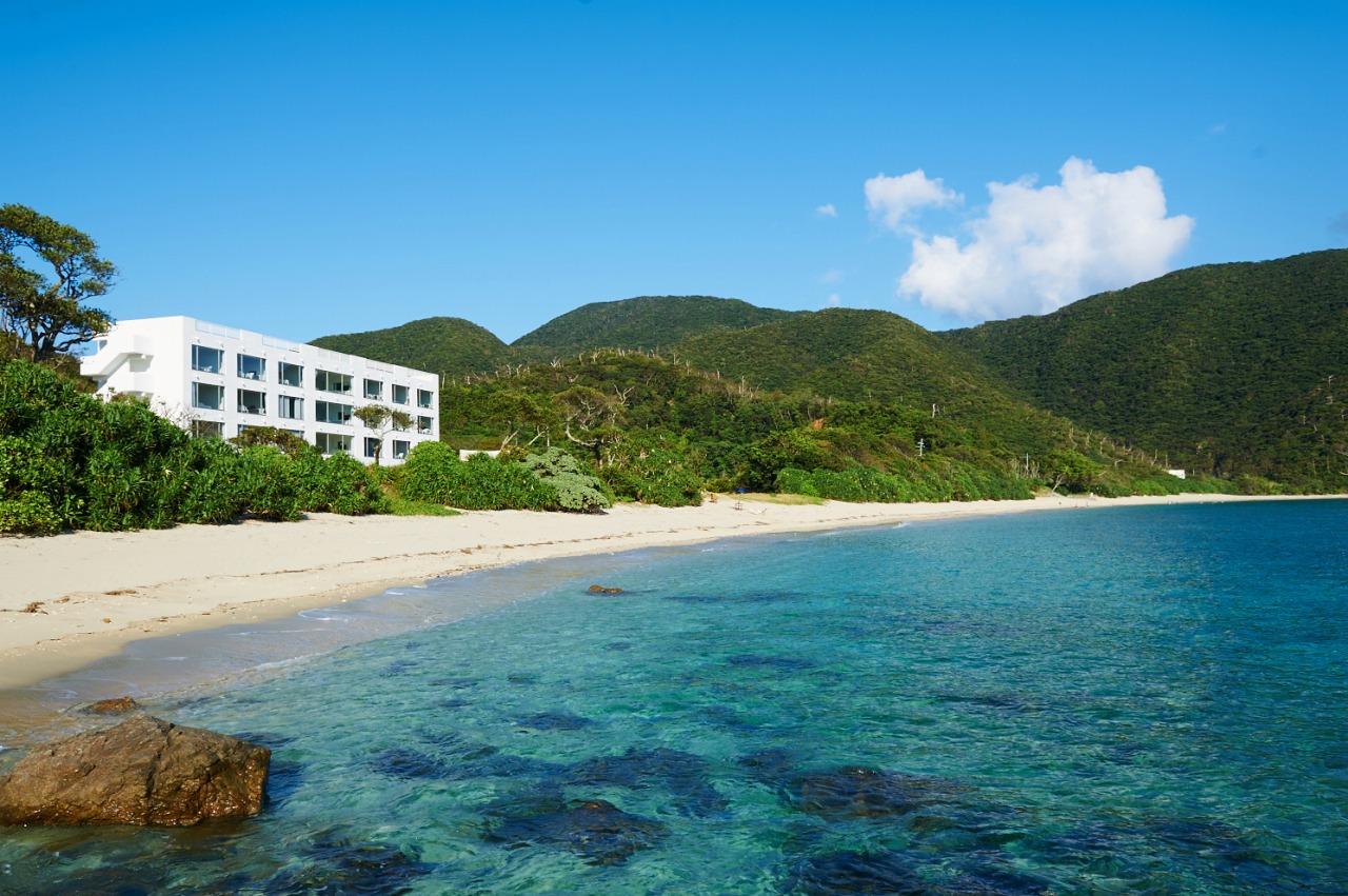 奄美大島の最南端に立つ秘境の高級リゾートThe Sceneの外観