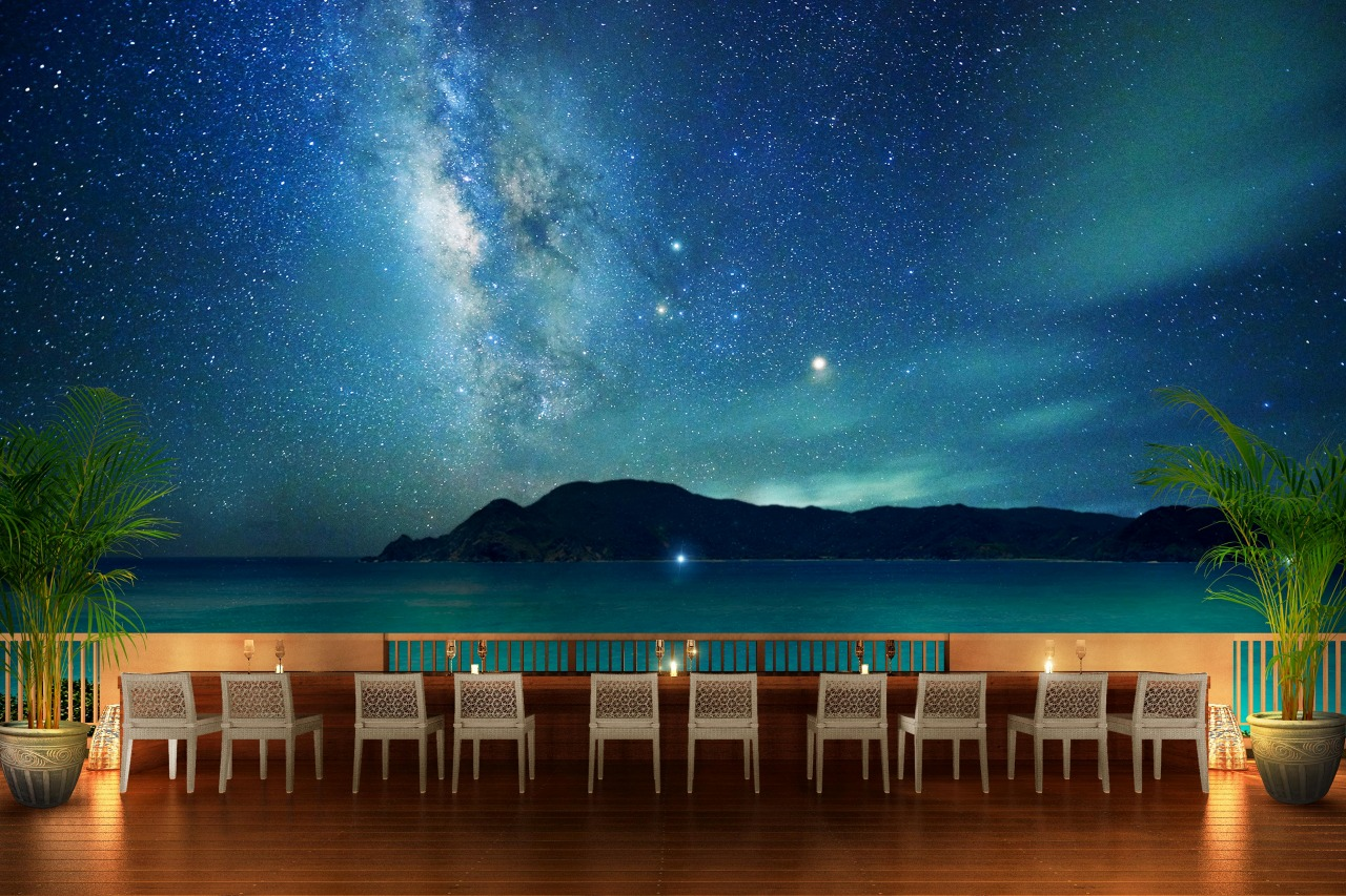 ホテルの上空に広がる満点の星